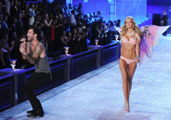 Adam Levine lors du Victoria's Secret Fashion Show à New York, le 9 novembre 2011.