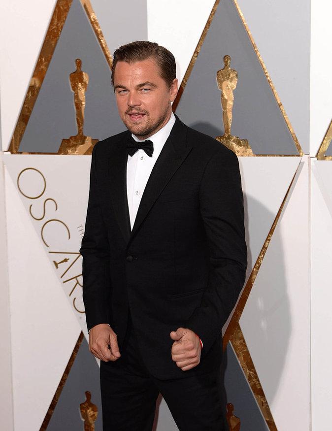 Leonardo Dicaprio, plus sexy que jamais pour récupérer son Oscar