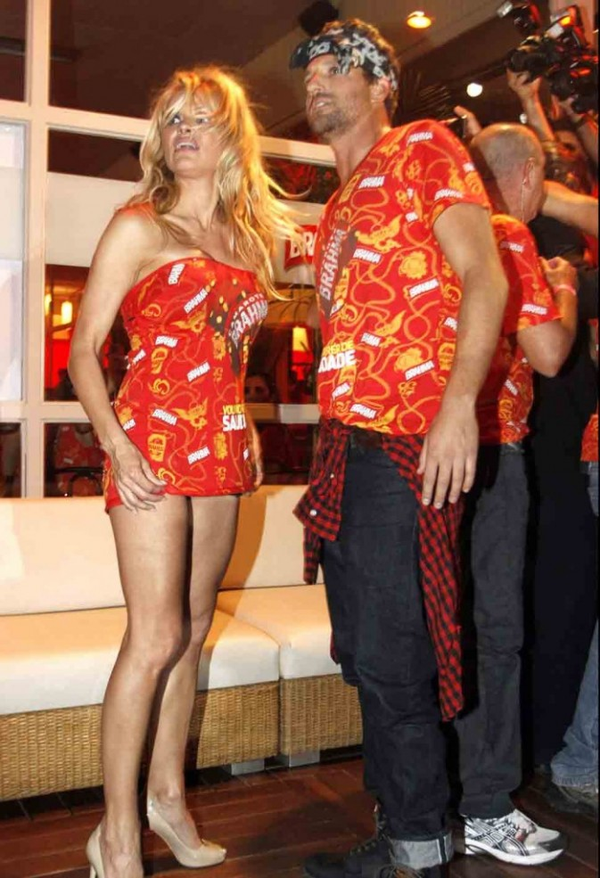 Alerte à Rio de Janeiro, Pamela débarque au carnaval !