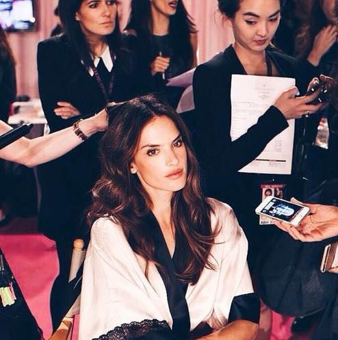 Alessandra Ambrosio, Ariana Grande... En pleine préparation du grand show Victoria's Secret !