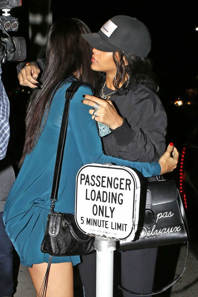 Rihanna et Adriana à la sortie d'un restaurant de sushi à Los Angeles, le 5 août