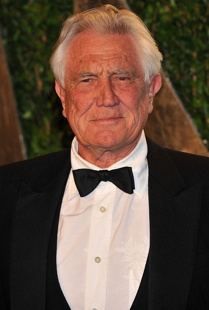 Photos : George Lazenby est James Bond