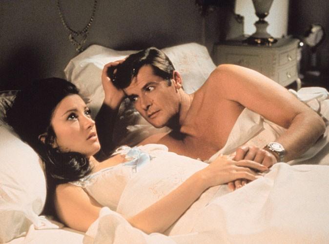 Photos : Jane Seymour et Roger Moore dans Vivre et laisser mourir