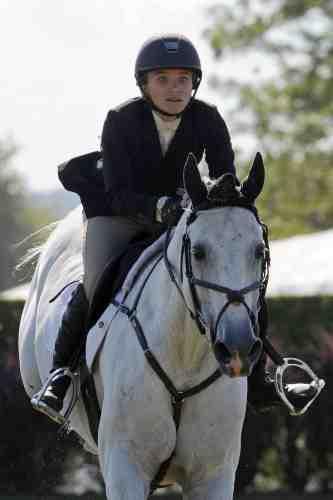 Mary Kate Olsen : aussi douée à l'écran qu'en équitation !