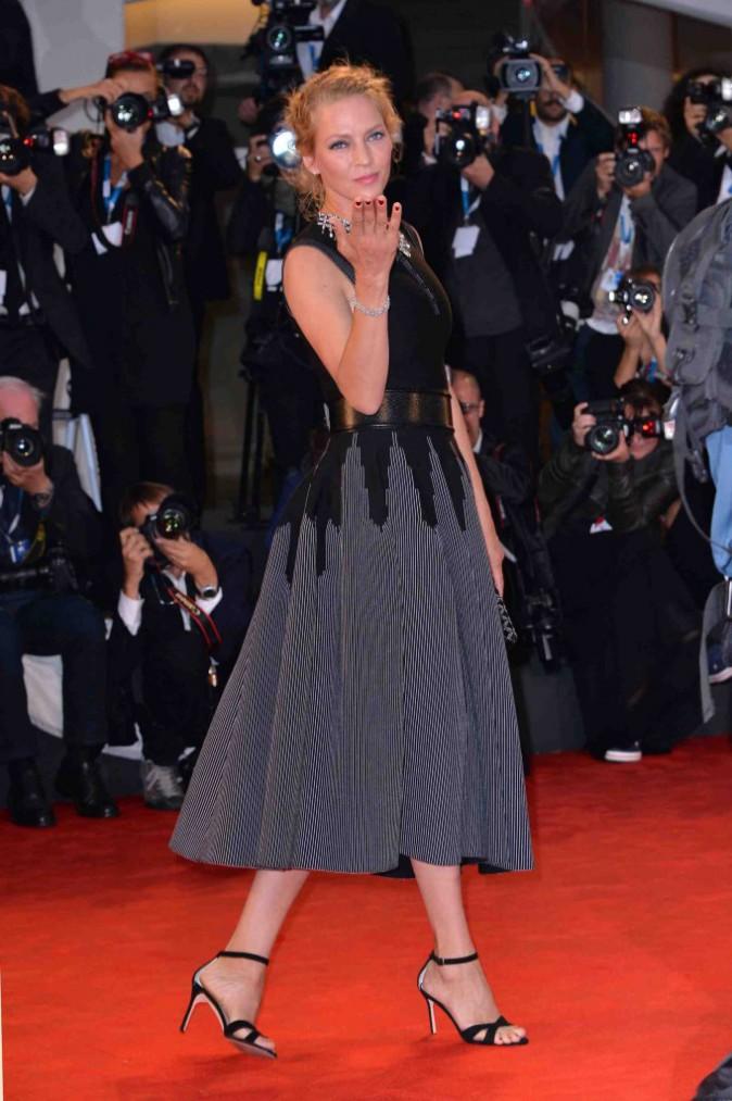Charlotte Gainsbourg et Uma Thurman : elles optent pour une couleur indémodable sur le red carpet de Venise !