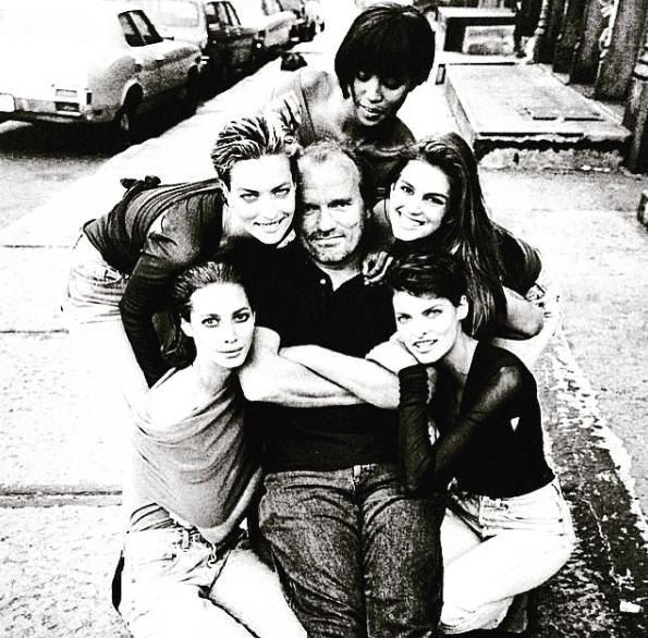 Cindy Crawford, Eva Herzigova, Karen Alexander, Helena Christensen, Nadja Auermann et Tatjana Patitz et Peter Lindbergh dans les années 90