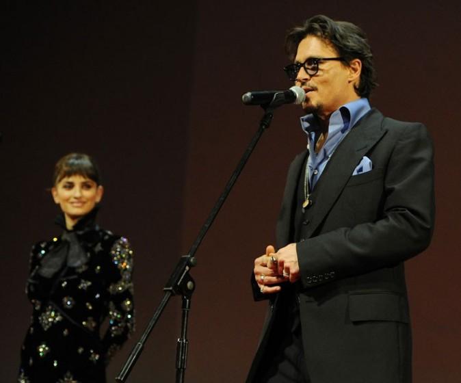 Penelope Cruz et Johnny Depp lors de la première de Pirates des Caraïbes à Moscou, le 11 mai 2011.
