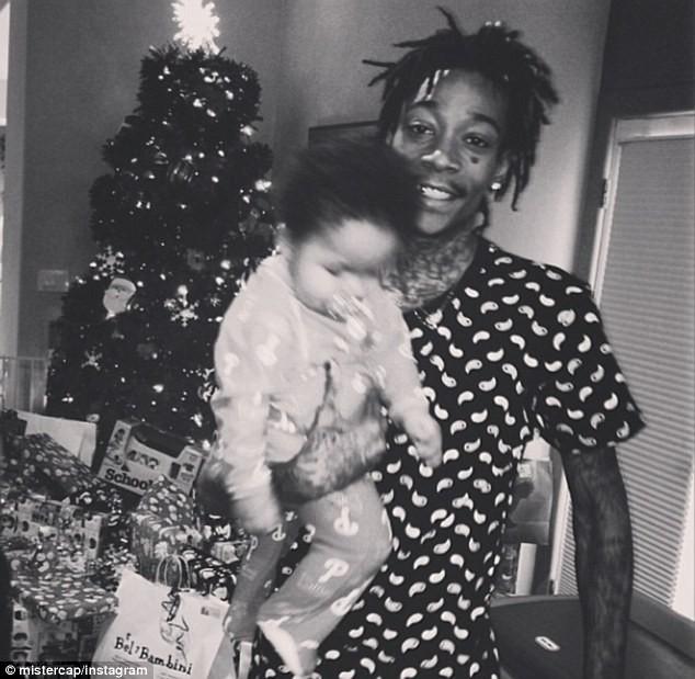 Wiz Khalifa et son fils Sebastian le jour de Noël !