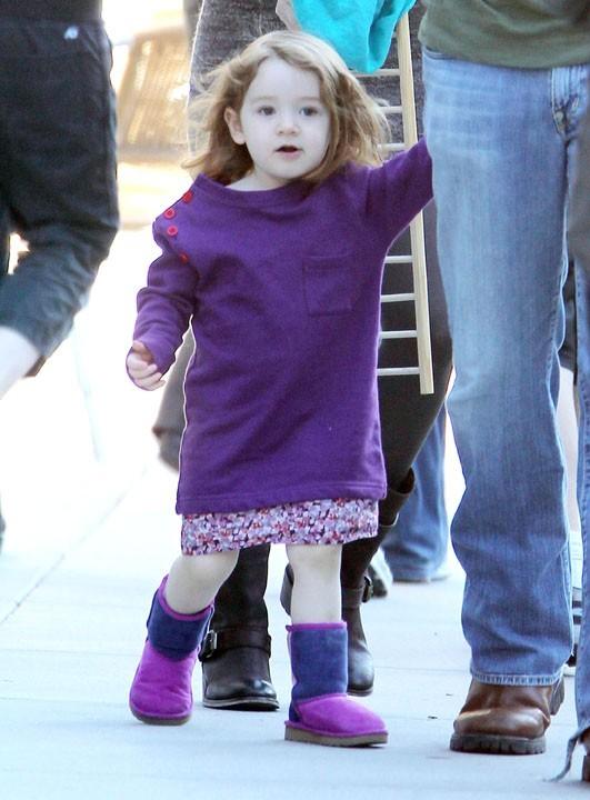 Du violet à gogo pour cette enfant de star !