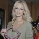 Vous verriez Adriana porter ce genre de collier ?