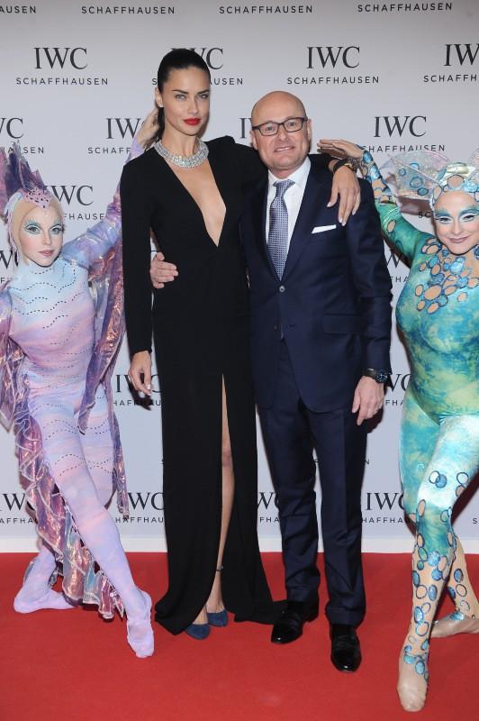 """Adriana Lima et Georges Kern lors du gala """"Inside the Wave"""" à Genève, le 21 janvier 2014."""