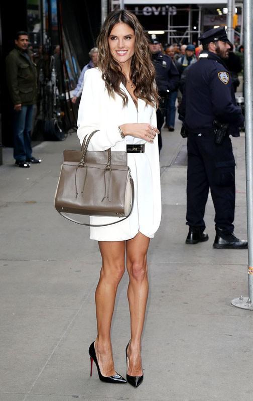 Alessandra Ambrosio à New-York le 3 novembre 2014