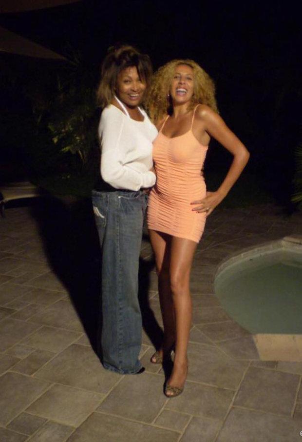 Tina et Afida Turner