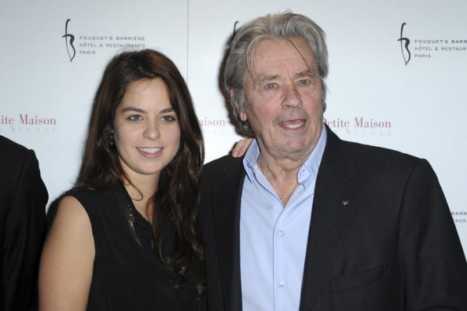 Alain et Anouchka Delon à l'inauguration du restaurant La Petite Maison De Nicole à Paris le 22 janvier 2013