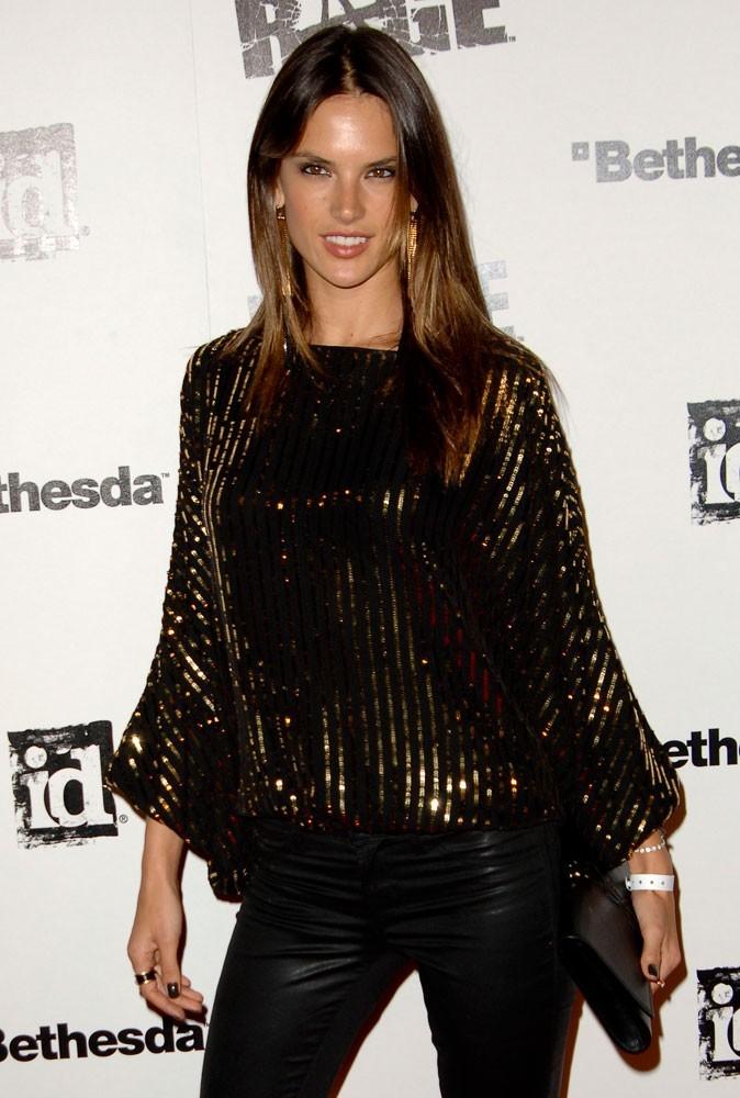 Photos : Alessandra Ambrosio à 30 ans
