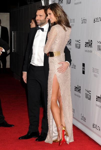 Alessandra Ambrosio et Jamie Mazur lors de la soirée amfAR Inspiration Gala 2013 à Los Angeles, le 12 décembre 2013.