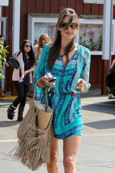 Alessandra Ambrosio, Brentwood, 22 mars 2013.
