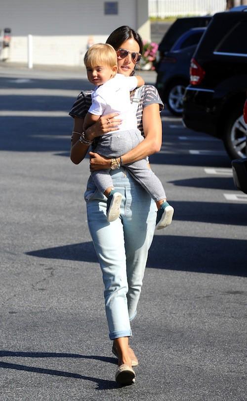 Photos : Alessandra Ambrosio : retrouvailles gourmandes avec son petit Noah !