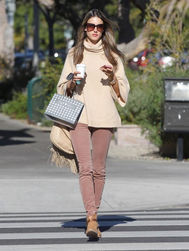 Alessandra Ambrosio, Los Angeles, 18 janvier 2013.