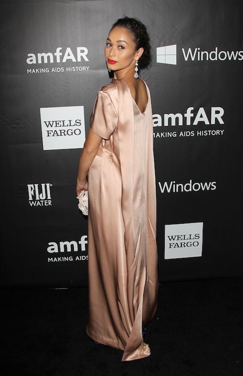 Cara Santana au gala de l'AmfAR, le 29 octobre 2014 à Los Angeles