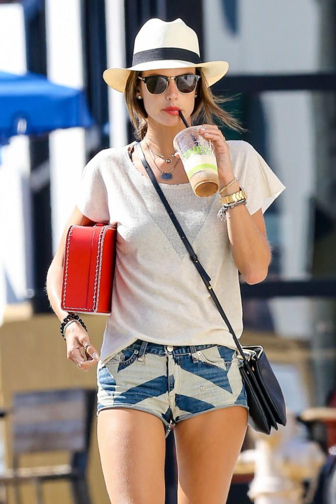 Alessandra Ambrosio à Los Angeles le 20 août 2014