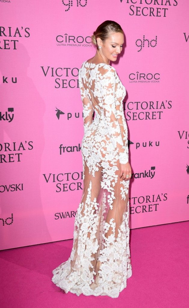 Candice Swanepoel le 2 décembre 2014