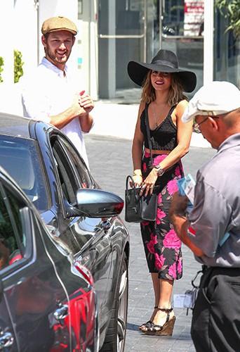 Alex Pettyfer et Vanessa Hudgens à Los Angeles le 22 août 2014