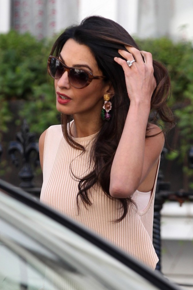 Photos : Amal Clooney : voyageuse super stylée... what else ?!