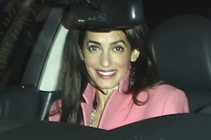 Amal Clooney à Los Angeles le 17 décembre 2014