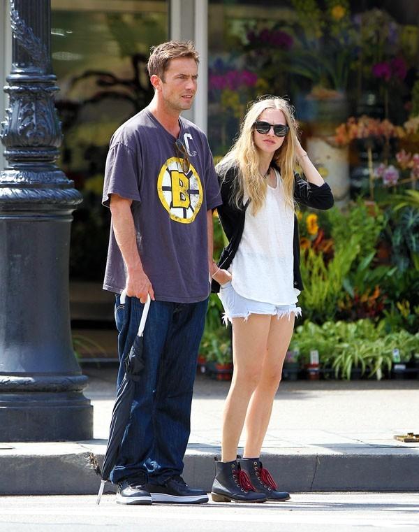 Amanda Seyfried et Desmond Harrington à New-York le 27 août 2012