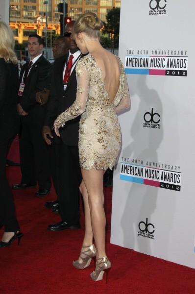 Taylor Swift lors des American Music Awards 2012 à Los Angeles, le 18 novembre 2012.
