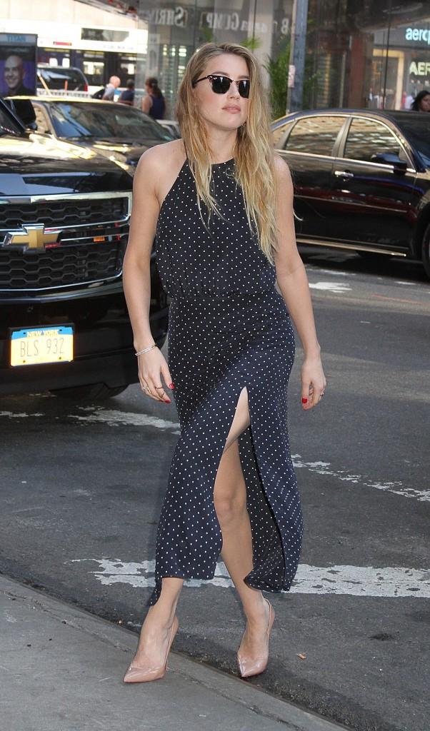 Amber Heard : Souriante pour la promo de son film, mais en colère contre l'Australie !