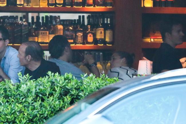 Amber Heard et son agent Christian Carino à Santa Monica, le 5 août 2013.
