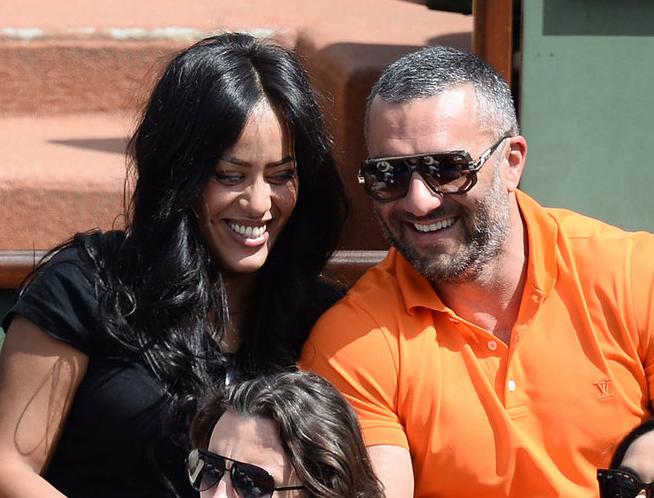 Amel Bent : aux anges pour son anniversaire, aux côtés de sa fille et de son mari !