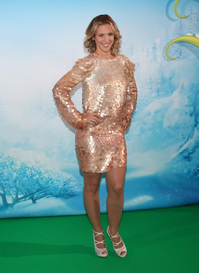 Lorie à l'avant-première de Clochette et Le secret des fées à Paris le 2 octobre 2012