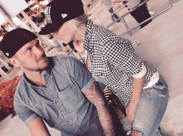 Photos : Amélie Neten : séparée de son chéri, elle se lâche sur Twitter !