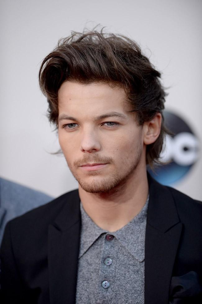 Louis Tomlinson à la cérémonie des American Music Awards organisée à Los Angeles le 24 novembre 2013