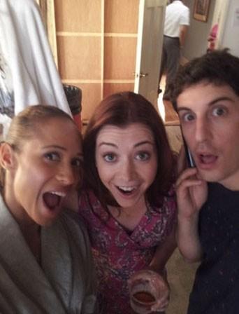 Dania Ramirez, Alyson Hannigan et Jason Biggs ! Cheeeeeeeese !