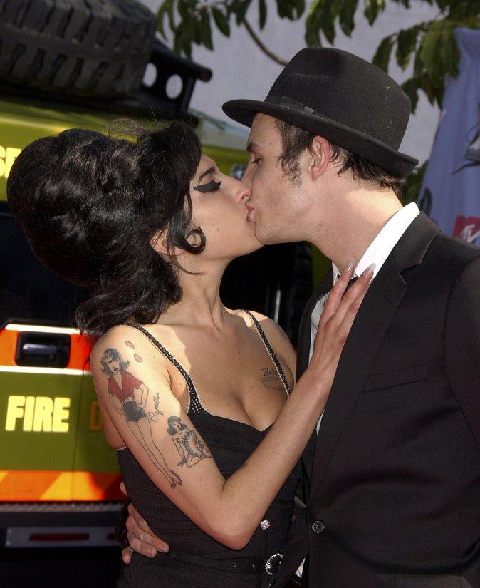 Amy Winehouse et Blake Fielder-Civil ont vécu une histoire tumultueuse