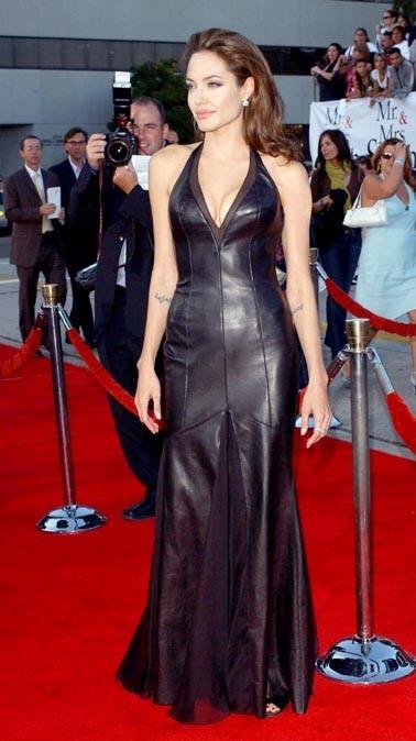 """En 2005, pour la promo de """"Mr & Mrs Smith"""" où elle a rencontré le beau Brad"""