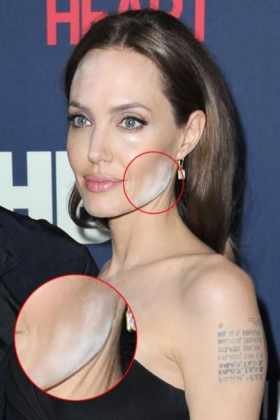 """Angelina Jolie et son problème de make-up lors de la présentation du film """"The Normal Heart"""" à New York, le 12 mai 2014."""