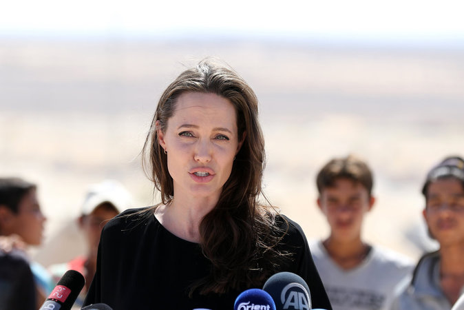 Angelina Jolie au camp de réfugiés d'Azraq, en Jordanie, le 9 septembre