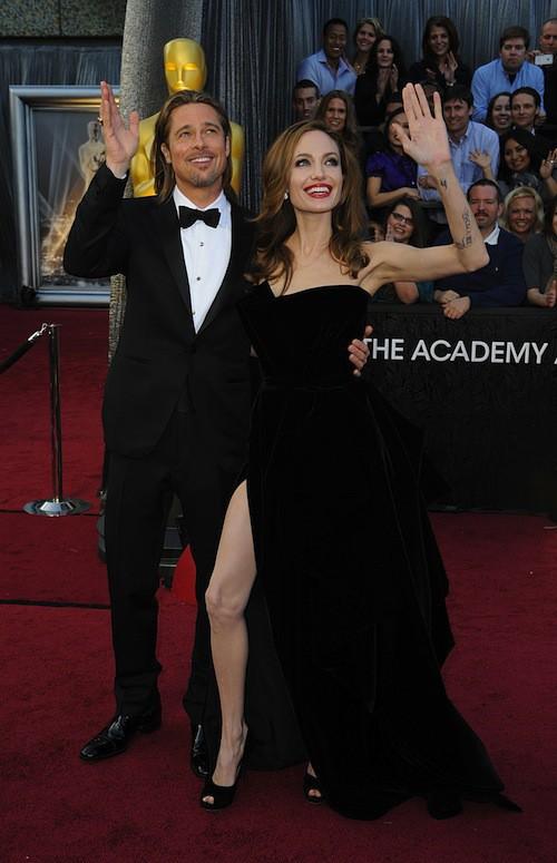 En 2012, Angelina Jolie fait le buzz avec sa jambe aux Oscars
