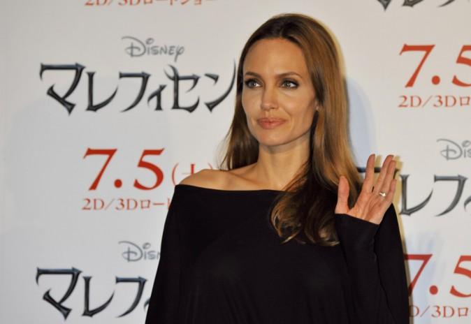 Photos : Angelina Jolie et Elle Fanning : un duo toujours aussi maléfique et enivrant pour mettre le Japon à leurs pieds !