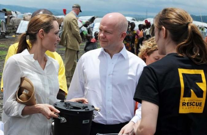 Angelina Jolie en visite au camp de Nzolo, au Congo, le 26 mars 2013