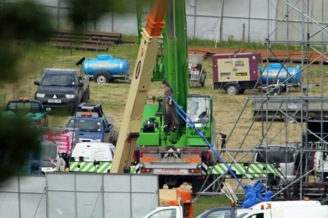 De nombreux techniciens assurent sa sécurité !