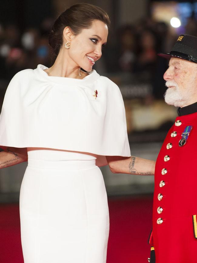 Angelina Jolie à l'avant-première londonienne d'Invincible le 25 novembre 2014