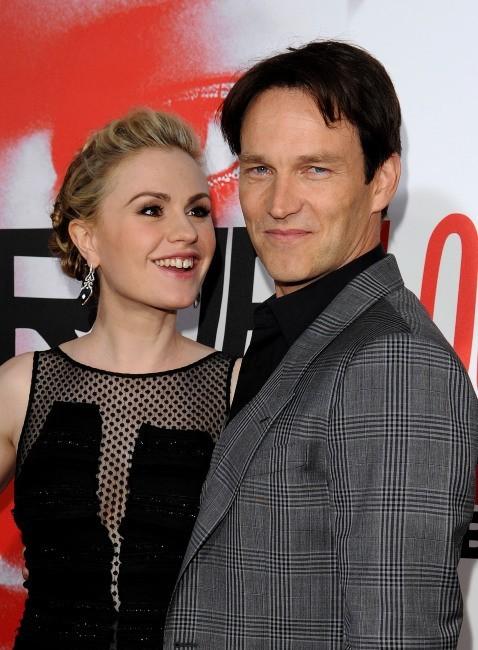 Anna Paquin et Stephen Moyer lors de la première de la saison 5 de True Blood à Hollywood, le 30 mai 2012.