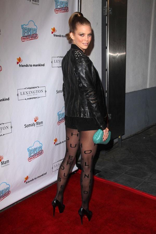 Annalynne McCord à Hollywood le 20 août 2012