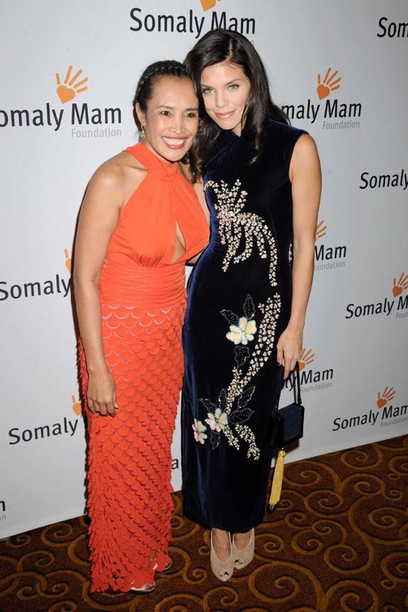 AnnaLynne McCord au gala de charité organisé par la fondation Somaly Mam à New-York le 23 octobre 2013